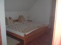 og-schlafzimmer01